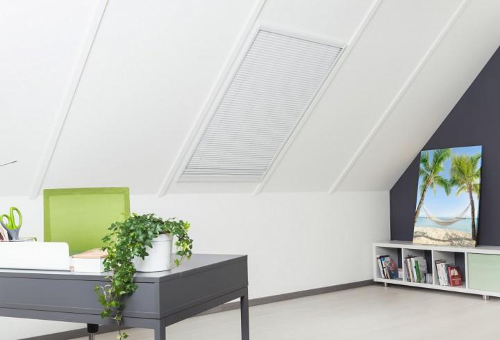 Sonnenschutz Insektenschutz Dachfenster Sonnenschutz geschlossen