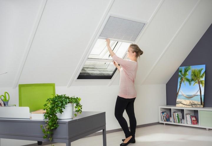 Sonnenschutz / Insektenschutz Dachfenster Plissee, Alurahmen - 110 x 160 cm