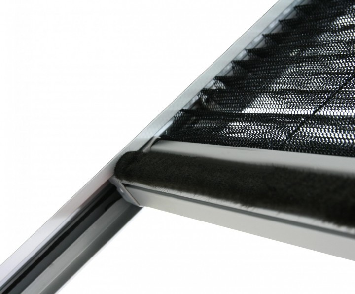 Dachfenster Plissee Bürstendichtung Griffleiste