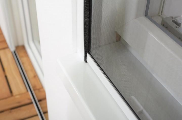 Insektenschutzrollo Fenster Smart geschlossen
