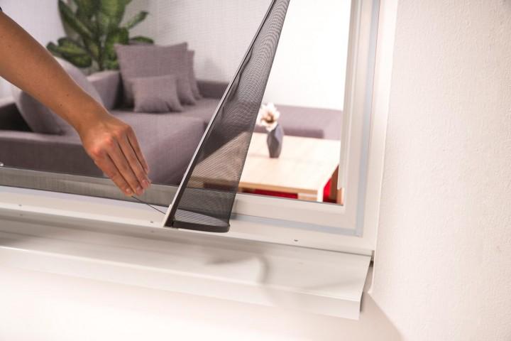 Fliegengitter Magnetfenster EASY Fenster entfernen