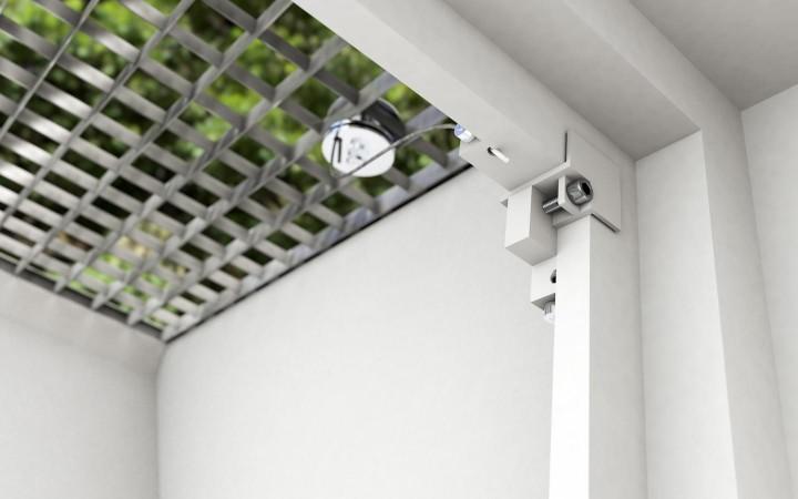 Gitterrostsicherung PROTECTUS Einhängevorrichtung innen am Kellerfenster
